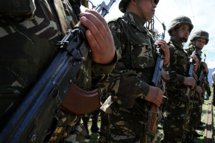 Photo of Destruction de 5 casemates pour terroristes à M'sila