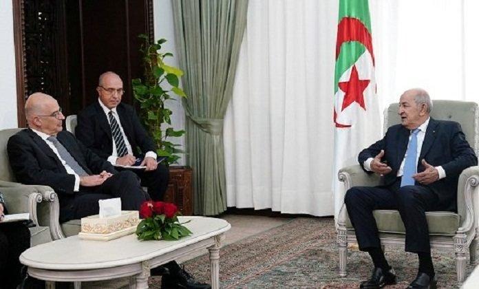 Photo of الرئيس تبون يستقبل وزير الشؤون الخارجية اليوناني
