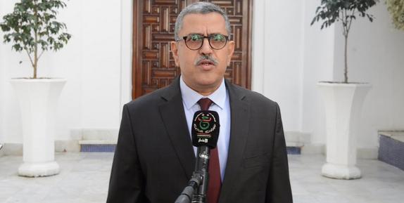 Photo of السيد جراد يأمر الوزراء المعنيين بالشروع في عملية إجلاء المواطنين الـمسافرين العالقين في الخارج