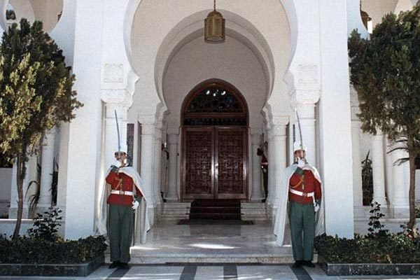 Photo of Installation de Mohamed Chafik Mesbah DG de l'Agence algérienne de coopération internationale