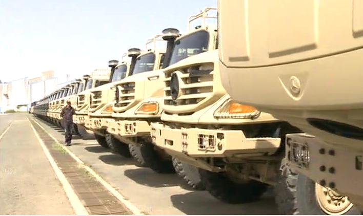 Photo of تسليم 446 شاحنة متعددة المهام من علامة مرسيدس-بنز