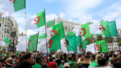 Photo of الصحافة الوطنية تندد بحملة حاقدة وعنيفة تستهدف الجزائر و مؤسساتها