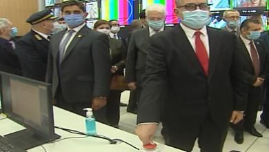 Photo of الوزير الأول يبرز إرادة الرئيس تبون في تطوير واستغلال التكنولوجيات الحديثة