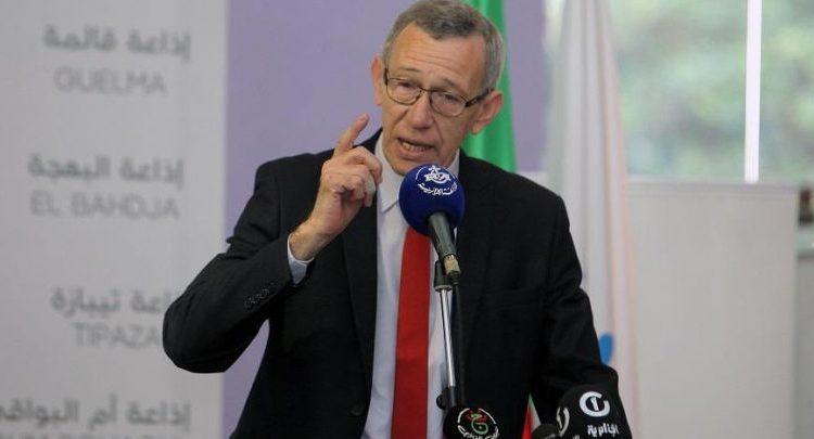 Photo of عمار بلحيمر يشدد على ضرورة انتقال الصحافة المكتوبة إلى الرقمنة