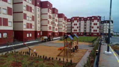 Photo of عدل: استكمال 77.435 وحدة سكنية بولاية الجزائر منها 7909 ستسلم غدا الأحد