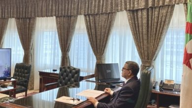 Photo of الوزير الأول يترأس اجتماعًا للحكومة عبر تقنية التحاضر المرئي عن بعد