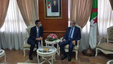 Photo of الجزائر تبحث سبل تعزيز البحث العلمي وتدريس اللغة الإنجليزية في الجامعات مع بريطانيا