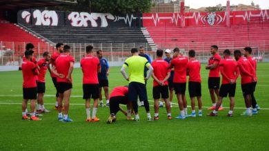 Photo of محادثات حول استئناف التدريبات بين الوزارة والاتحاديات الرياضية بداية من يوم الأحد