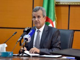 Photo of Covid-19: le ministre Benbouzid et l'ambassadeur russe évoquent l'état de disponibilité du vaccin