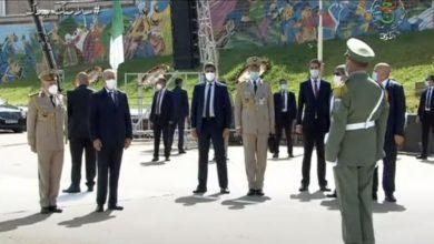 Photo of رئيس الجمهورية يشرف على تفتيش المربعات بساحة العلم بالأكاديمية العسكرية لشرشال
