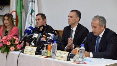 Photo of حماد يتسلم مهامه على رأس اللجنة الأولمبية الجزائرية