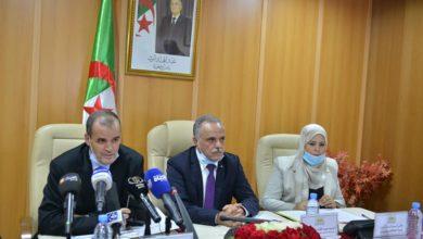 Photo of رزيق: الجزائر تخضع اتفاقياتها الاقتصادية مع الشركاء الأجانب لتقييم يراعي مصالحها