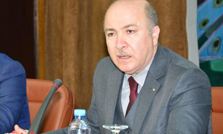 Photo of وزير المالية يتباحث مع مسؤولي قسم المالية العامة بصندوق النقد الدولي