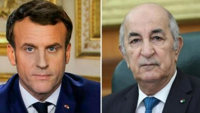 Photo of Le Président de la République reçoit un appel téléphonique de son homologue français