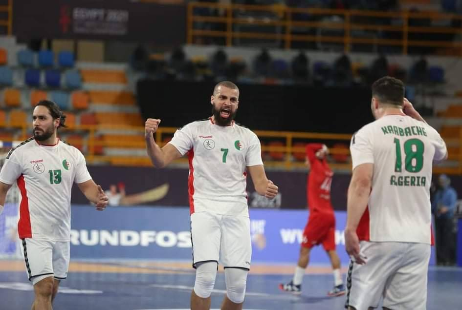 المنتخب الوطني لكرة اليد يُواجه نظيره الإيسلندي مساء اليوم في بطولة العالم مصر 2021