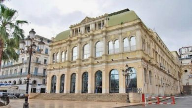 Photo of المسرح الوطني الجزائري ينظم إقامة تكوينية حول مهن المسرح لفائدة هواة الفن الرابع في جنوب البلاد