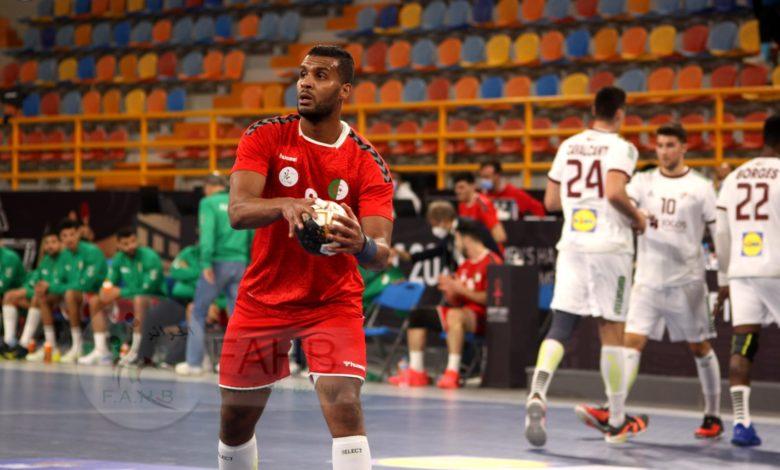 Photo of مونديال كرة اليد: المنتخب الجزائري في تحدي نظيره الفرنسي غدا الأربعاء