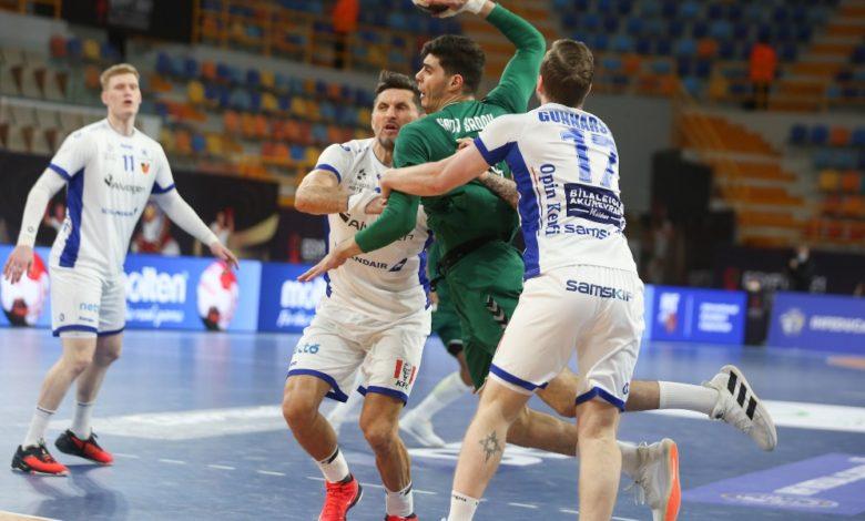 Photo of الجزائر تنهزم أمام البرتغال وتواجه فرنسا في الدور الرئيسي في بطولة العالم لكرة اليد