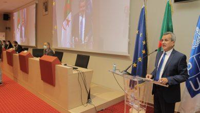 Photo of وزير الصحة يُبرز أهمية التضامن بين الدول من أجل القضاء على جائحة كورونا
