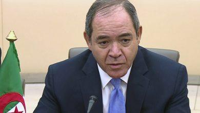 """Photo of وزير الشؤون الخارجية يُشدد على """"تنفيذ قرارات الشرعية الدولية لإنهاء الأزمات في محيطنا الإقليمي"""""""