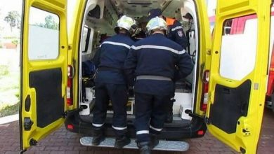 Photo of وفاة 3 أشخاص وإصابة 2 آخرين في حادث إنحراف سيارة واصطدامها بموقف للحافلات بقسنطينة