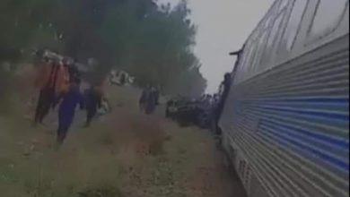 Photo of حادث اصطدام قطار وسيارة يُخلف وفاة شخص وجرح 2 آخرين بعين البيضاء في وهران