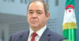 Photo of وزير الشؤون الخارجية يتحادث مع نظيره الكوبي برونو رودريغيز بارييا