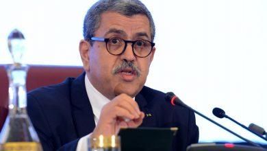Photo of الوزير الأول يصدر تعليمة تقضي بتكثيف حملة التلقيح عبر التراب الوطني