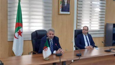 Photo of Sid Ahmed Ferroukhi prend ses fonctions de ministre de la Poste et des TIC par intérim