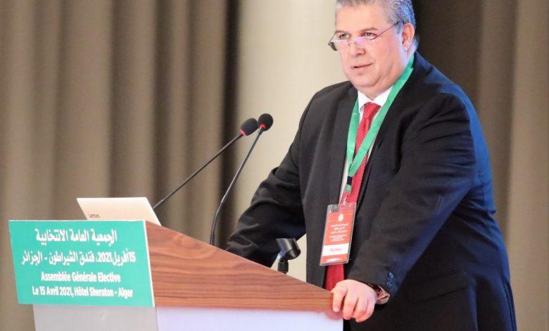 Photo of الاتحادية الجزائرية لكرة القدم: انتخاب شرف الدين عمارة رئيسًا جديدًا