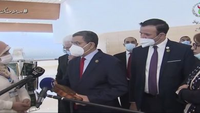 Photo of PM Abdelaziz Djerad supervises the official opening of the Cultural Economy Forum