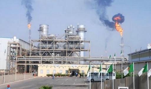 Photo of النفط الجزائري يرتفع بــ 3 دولارات في شهر مارس