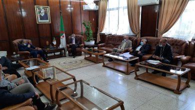 Photo of وزير الصحة:يستقبل أعضاء المكتب الوطني للنقابة الجزائرية للشبه الطبي