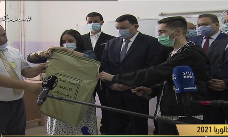 Photo of وزير التربية يعطي إشارة الانطلاق الرسمي لامتحان البكالوريا