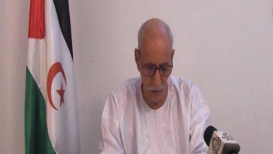 Photo of الرئيس الصحراوي يشيد بمواقف الجزائر الثابتة في دعم كفاح الشعب الصحراوي