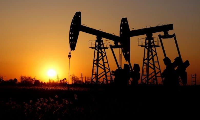 Photo of تباين أسعار النفط وسط تصاعد المخاوف الصحية