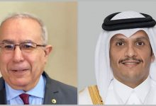 Photo of FM Lamamra receives a phone call from his Qatari counterpart