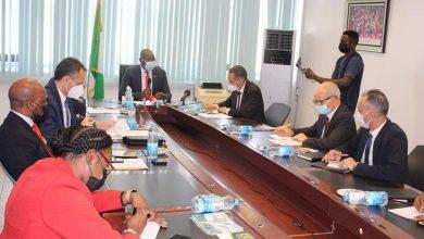 Photo of Le ministre de la Jeunesse et des Sports s'entretient avec ses homologues du Nigéria et d'Egypte