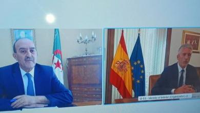 Photo of Le ministre de l'Intérieur s'entretient avec son homologue espagnol
