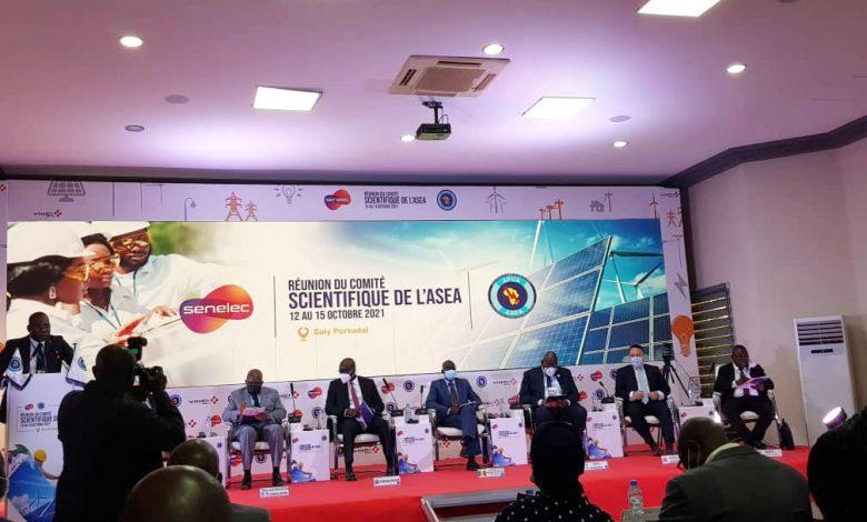 Photo of الرئيس المدير العام لسونلغاز يُشارك في أشغال مؤتمر مجمعات الطاقة الإقليمية الإفريقية