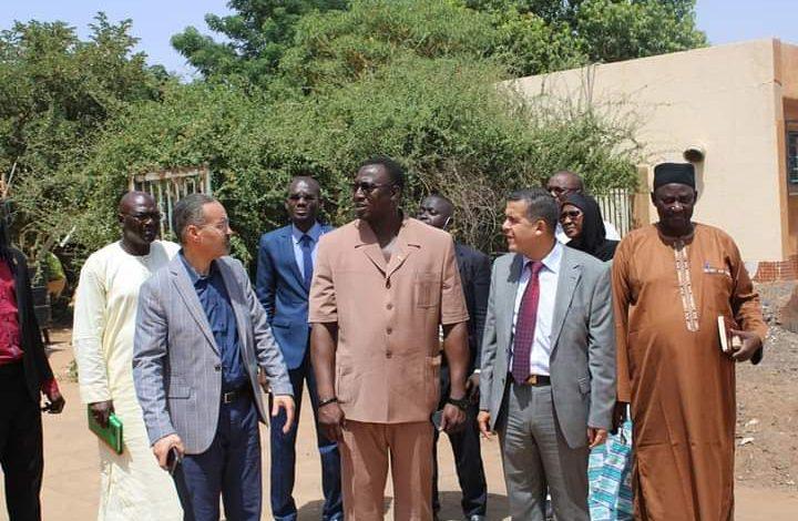 Photo of وزيرا الشباب والرياضة الجزائري والنيجري يبحثان سبل تطوير وتعزيز التعاون بين البلدين